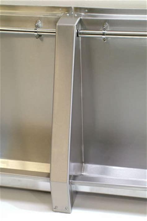 urinal joining assemblies