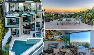 Minecraft Gamer Buys 45m MEGA Mansion