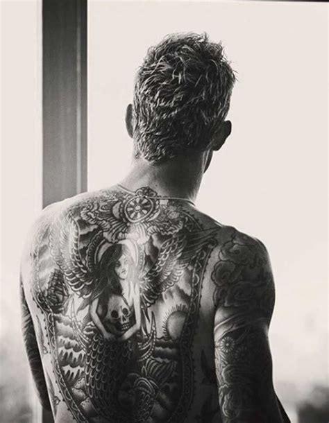 tatouage homme dos ces tatouages pour homme inspires des