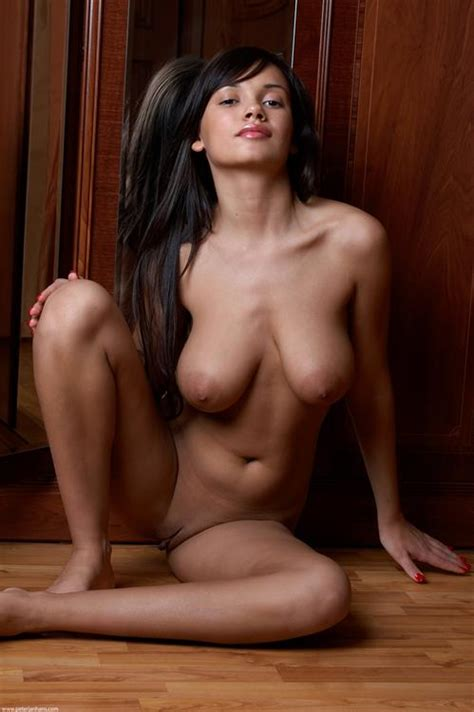 Alona Nude Pictures Rating 95510