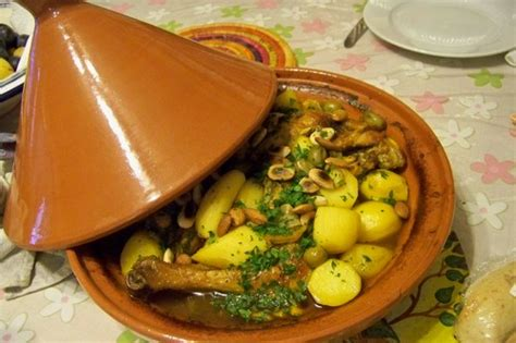 cuisiner un poulet au four cuisine en folie tajine de poulet au safran citrons