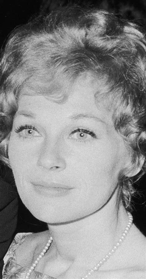 Joanna Moore - Biography - IMDb