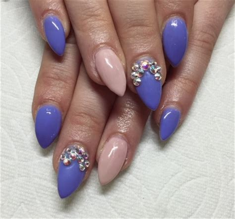 day  rhinestones  point nail art nails magazine