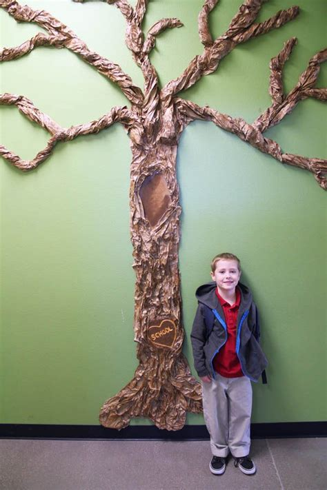 making  giant classroom tree   kindergartener