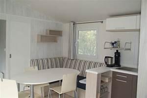 Sitzecke Für Küche : gem tliche sitzecke mit offener k che und tv ~ Sanjose-hotels-ca.com Haus und Dekorationen