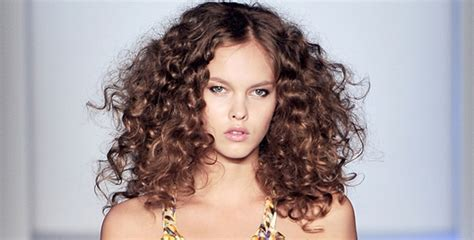 5 Tricks To Keep Your Unruly Hair Under Control  Jfw Just