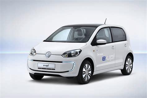 vw e up uk s 2014 next green car awards fetes vw e up tesla model s autoblog