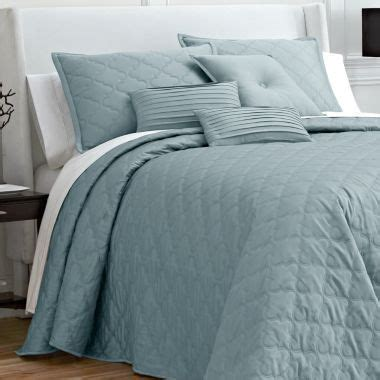 jcpenney quilted bedspreads 1000 images about home on dining sets