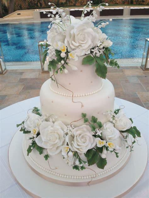 wedding cake  edible sugar flowers  cakes