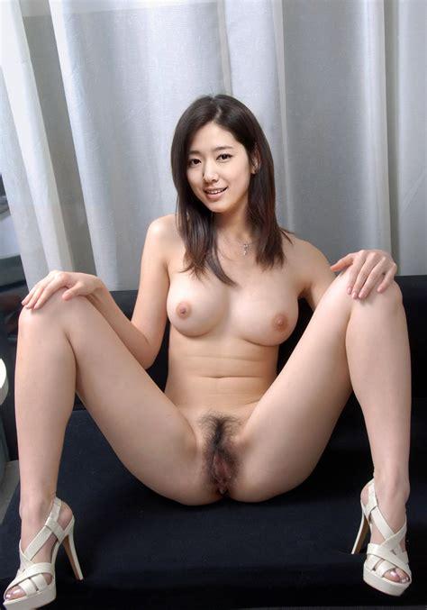 Kim Min Hee Nude