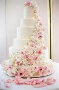gateaux mariage les 25 meilleures idées de la catégorie gâteaux de mariage sur gâteau de mariage
