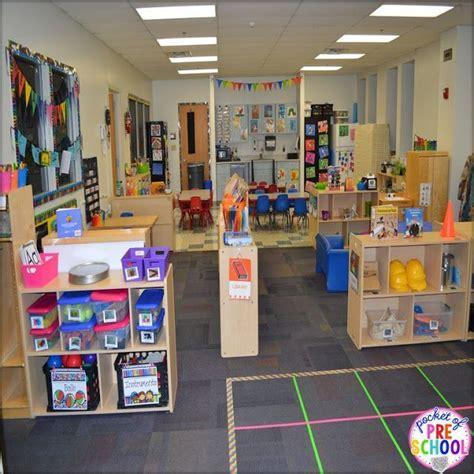 classroom set up check out my colorful preschool 400 | bc7b1c96096171bfbd694def57490b8b classroom design classroom organization