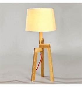Lampe Design Bois : lampe de table design 3 pieds en bois et abat jour en lin elen ~ Teatrodelosmanantiales.com Idées de Décoration