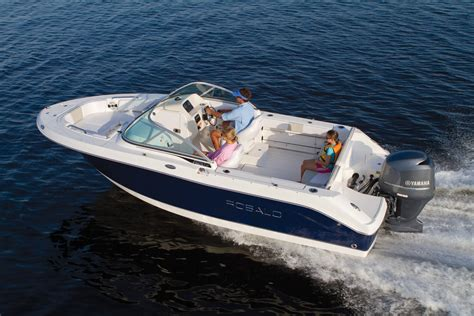 Robalo Boats Europe by 2016 Robalo 207 Dual Console Gallery