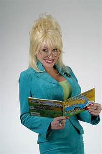 UT Knoxville to Award Dolly Parton Honorary Doctorate ...