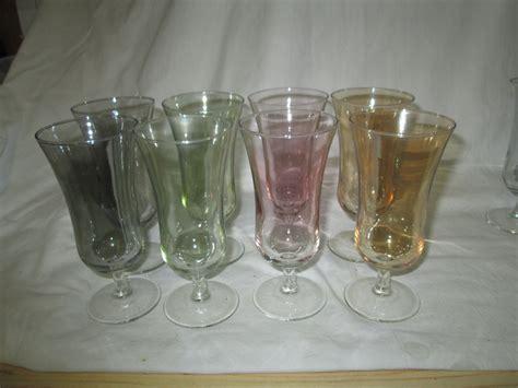 Vintage Set Of 8 Iridescent Stemmed Glasses Fine Drinkware