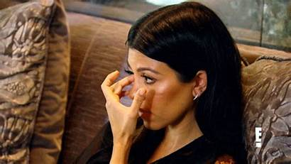 Kardashian Kourtney Emotional Kim Gifs Kuwtk Khloe