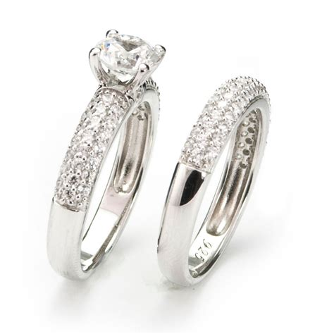 matching wedding rings for bride and groom wedding ideas