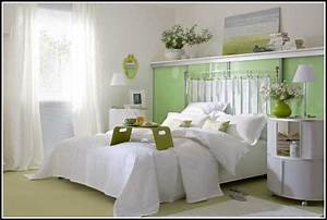 Wie Schlafzimmer Einrichten : kleine schlafzimmer sch n einrichten schlafzimmer house und dekor galerie y5bgvndgv7 ~ Sanjose-hotels-ca.com Haus und Dekorationen