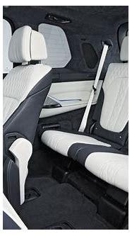 BMW X7 Interior - Car Body Design