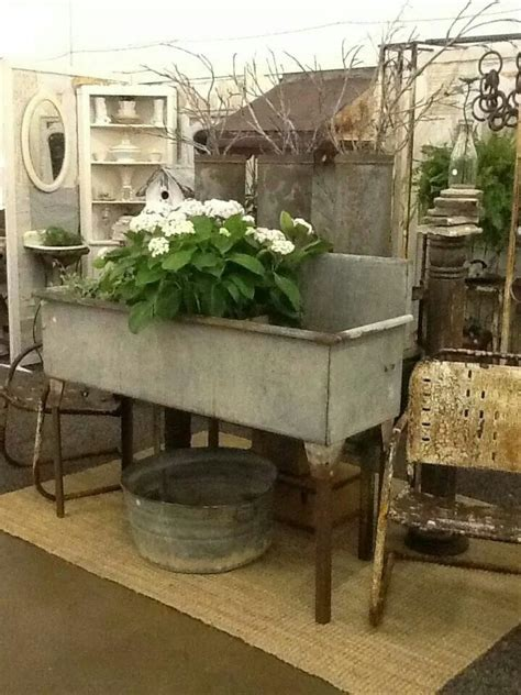 Would Make Cute Flower Bed Farmhouse Style Pinterest