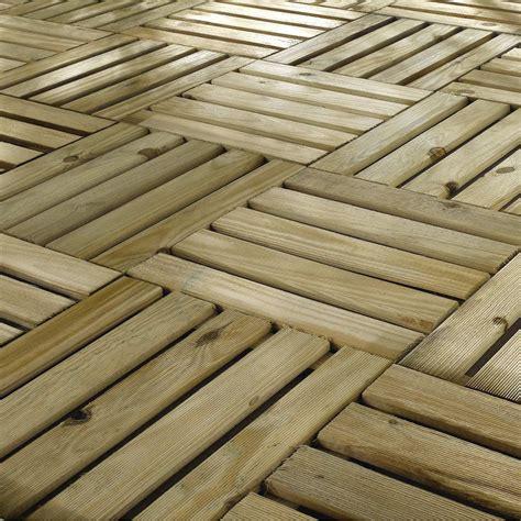 dalle en bois pour terrasse dalle bois primo l 40 x l 40 cm x ep 24 mm leroy merlin