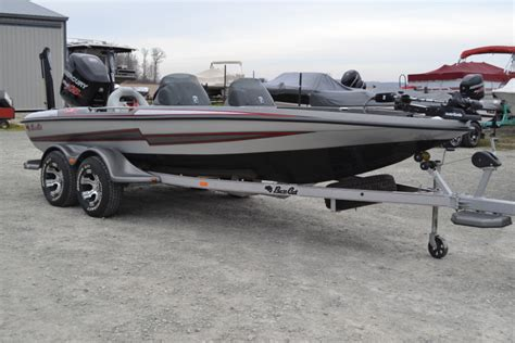 Bass Cat Boats Contact by 2013 Bass Cat Boats Pantera Iv Dc For Sale In Wabash