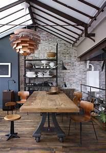 L39amenagement d39une salle a manger style industriel en 48 for Meuble salle À manger avec chaise salle a manger retro
