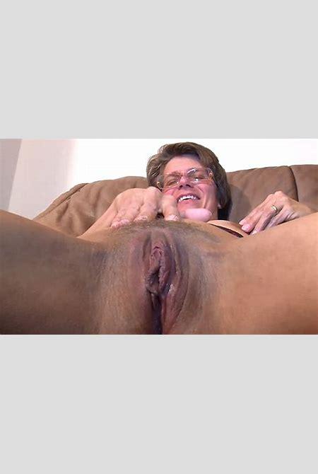 GanzGeil.com - Oma Sex Videos