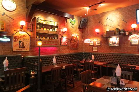 irish pub wall decor home decorating ideas