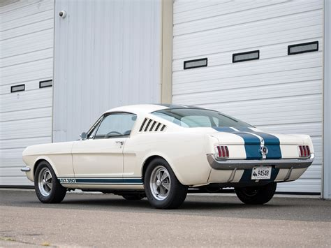 Why Muscle Cars Aren't Gaining In The Collector Car Market