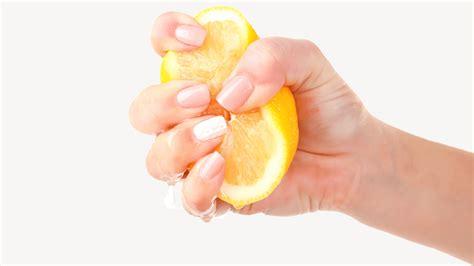 effective ways  remove lingering food odors
