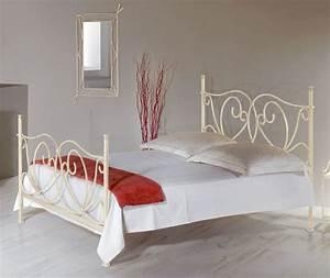 Bett Mit Hohem Fußteil : romantisches metallbett in wei 140x200 cm san pedro ~ Bigdaddyawards.com Haus und Dekorationen
