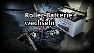 Batterie X Max 125 : batterie wechseln motor roller youtube ~ Dode.kayakingforconservation.com Idées de Décoration