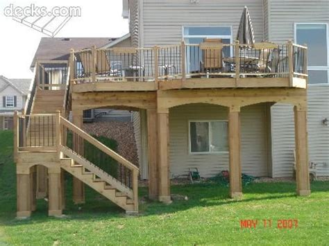 25+ Best Ideas About High Deck On Pinterest  Railings For