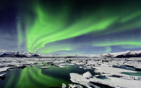 iceland northern lights northern lights wallpapers wallpaper cave