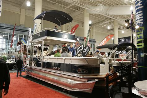 Great Seattle Boat Show by Seattle Winter Boat Show Small Display But