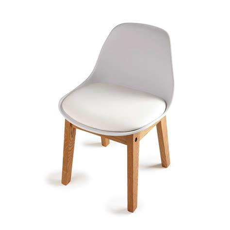 chaise pour enfants chaise enfant en polypropylène et chêne blanche