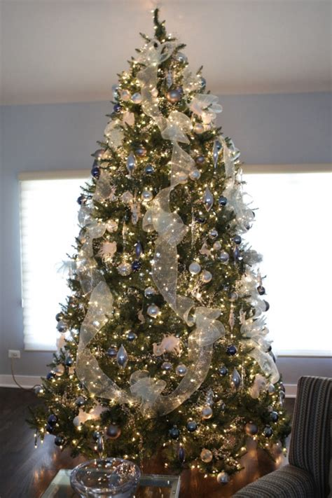 festive christmas tree decorating ideas  inspire