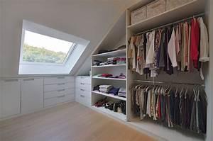 Begehbarer Kleiderschrank Dachschräge : kleiderschrank und ankleide von holz design in dreieich ~ Eleganceandgraceweddings.com Haus und Dekorationen