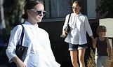 Pregnant Natalie Portman hides her bump in a sleek white ...