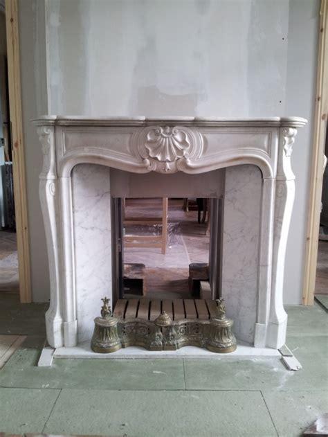fabriquer cuisine décoration cheminée brique