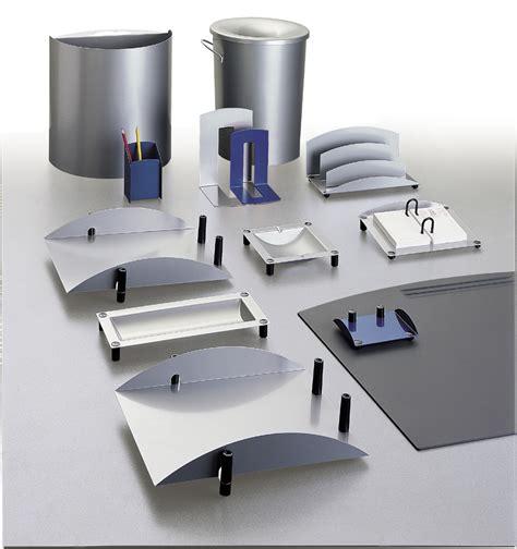 accessoires bureaux les accessoires de bureau seloma amenagement mobilier