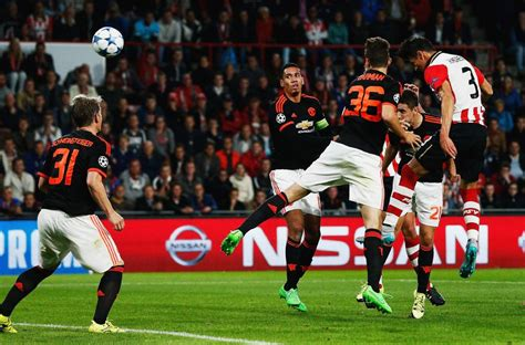 PSV Eindhoven vs Manchester United FC - UEFA Champions ...