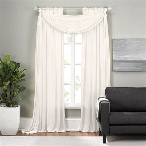 Bed Bath And Beyond Curtain Rods White by 25 Best Ideas About Scarf Valance On Window