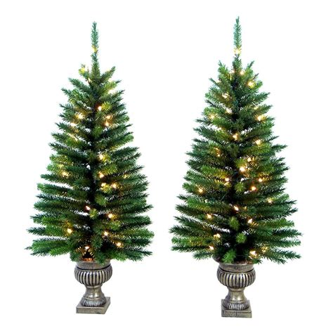 new in box set of 2 prelit potted christmas trees 4 ft