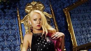Alexi Blue - Ro... Royalty
