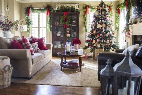 holiday home  classic christmas decor