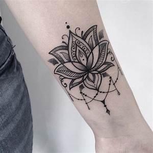 Fleur Lotus Tatouage : tatouage fleur zoom sur le mysticisme derri re le lotus ~ Mglfilm.com Idées de Décoration