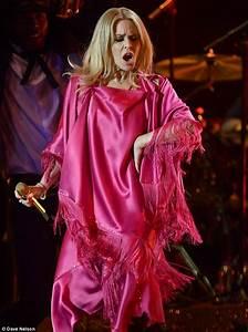 Glastonbury Festival: Kylie Minogue 'to perform in Legends ...